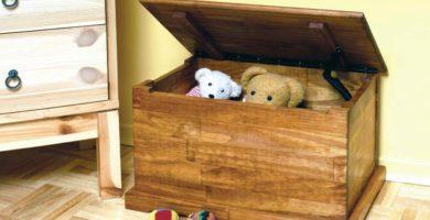 baul juguetes de madera